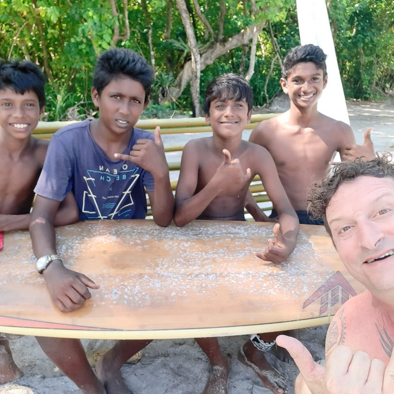 Chilling with the Vaadhoo local Grom Squad
